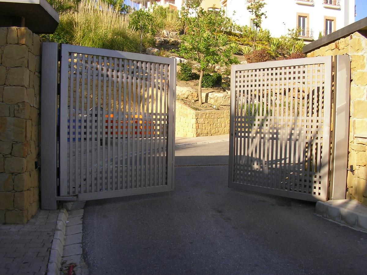 Puertas automaticas Malaga Marbella
